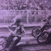 Wyścig XXI - Wojciech Żabiałowicz (z lewej) przed Eugeniuszem Błaszakiem (z prawej) i Ryszardem Dołomisiewiczem (w środku)