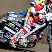 Wyścig VII - Krzysztof Buczkowski (czerwony) przed Krzysztofem Kasprzakiem (biały)