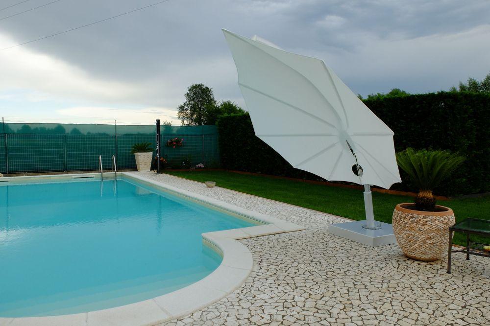 Parasol Icarus by Umbrosa alba