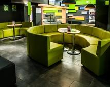 zaprojektowane stoliki