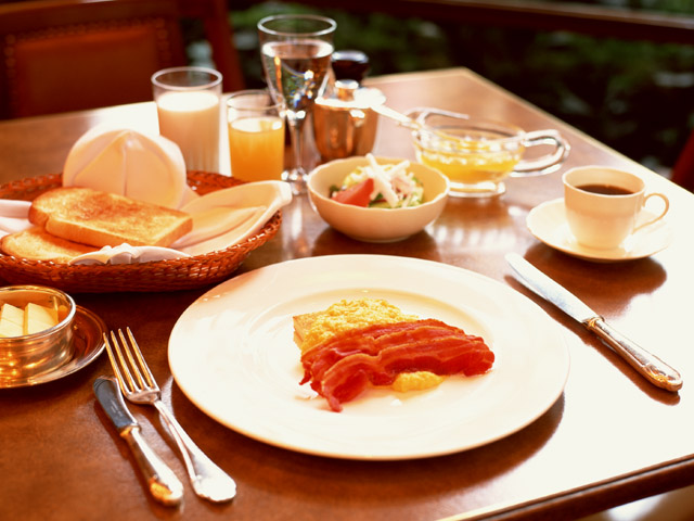 das Essen - Jedzenie