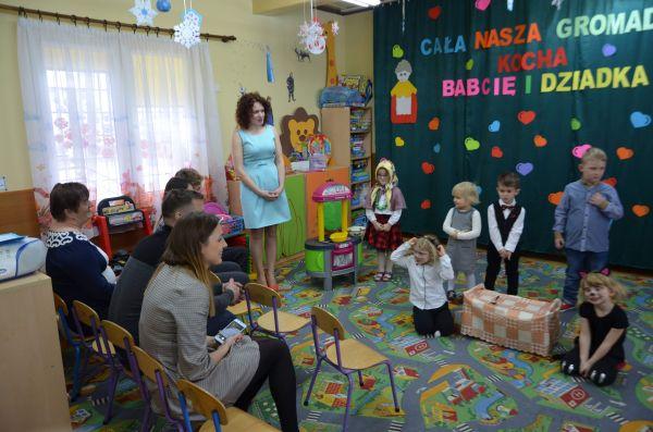 Dzień Babci I Dzień Dziadka W Masłowie Drugim Szkoła