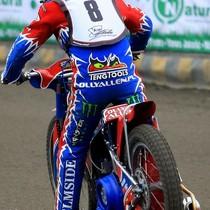 Olivier Allen wyjeżdża do wyścigu II