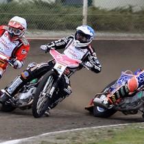 Wyścig III - Denis Gizatullin (biały), Sebastian Ułamek (niebieski) i Adrian Gomólski (czerwony)