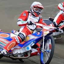 Wyścig III - Denis Gizatullin (biały) i Grzegorz Walasek (żółty) (czerwony)
