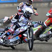 Wyścigu IV - Adrian Miedziński (biały) przed Antonio Lindbäckiem (żółty) i Krzysztofem Jabłońskim (czerwony)