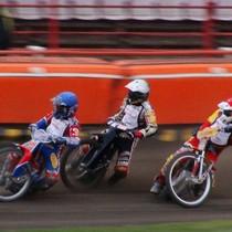 Wyścig XVII - Olivier Allen (niebieski) jeszcze przed Krzysztofem Jabłońskim (biały) i Magnusem Zetterströmem (czerwony)