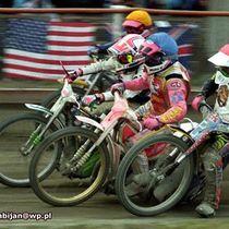 Wyścig XVIII - Sławomir Drabik (kask czerwony), Wojciech Załuski (kas niebieski), Eugeniusz Skupień (kask biały) i Dariusz Stenka (kask żółty)