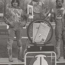 Podium zwycięzców (3 ujęcie) - od lewej: Roman Jankowski (II miejsce), Andrzej Huszcza (I miejsce) i Bolesław Proch (III miejsce).