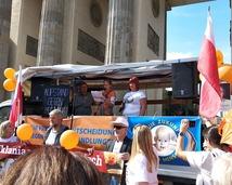 Protest w Berlinie przeciwko przymusowym szczepieniom (14.09.2019)