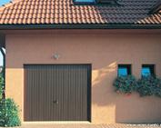 drzwi uchylne firmy Wiśniowski