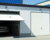drzwi garażowe uchylne