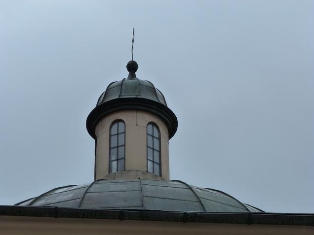 Zwieńczenie kopuły Grobu Pańskiego.