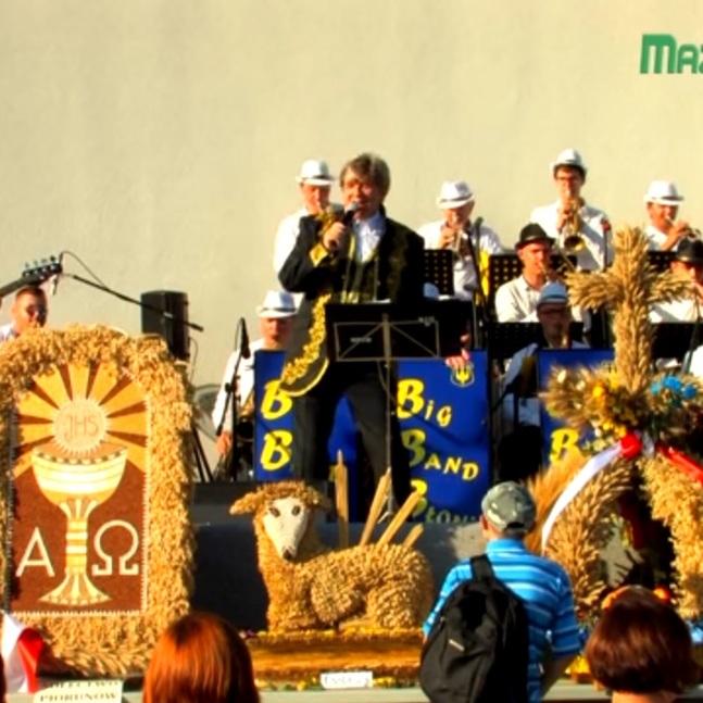 """Big Band Błonie w """"dożynkowej"""" akcji!"""