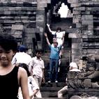 Kontrakty - Indonezja świątynia Borobudur