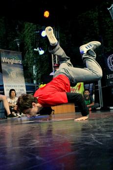 a8dec26b4037 Piotr Szwarc you can dance - Zajęcia taneczne szkoła tańca poznań hip hop  street dance popping bboying