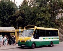 """Kapena Cacciamali na linii """"1"""" na pl. Niepodległości. Rok 2004 - linia """"1"""" była wówczas linią okrężną z Przemysłowej."""