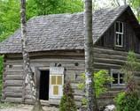 Dom z Adampola