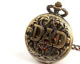Zegarek medalion na łańcuszku