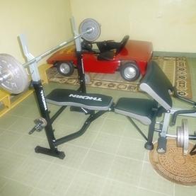 Sprzęt sportowy przekazany wychowankom Domu Dziecka w Pawłówce
