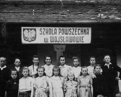 Pierwsi uczniowie Szkoły