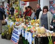 Na Jarmarku Wielkanocnym - Grodków 2011  KGW Wojsław