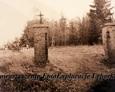 Brama wejściowa na teren dawnego ewangelickiego cmentarza