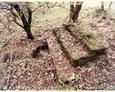 Tajmncze pozostałości budynków koło Sasina