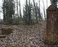 Pozostałość po bramie wejściowej na cmentarz