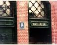 Niemieckie napisy nad drzwiami Ratusza w Lęborku