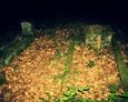 Ułożenie nagrobków na cmentarzu
