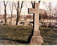 Charbrowo - krzyż znajdujący się za ołtarzem