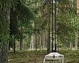 Krzyż stojący przy końcu alei, przy którym odprawiane są też nabożeństwa