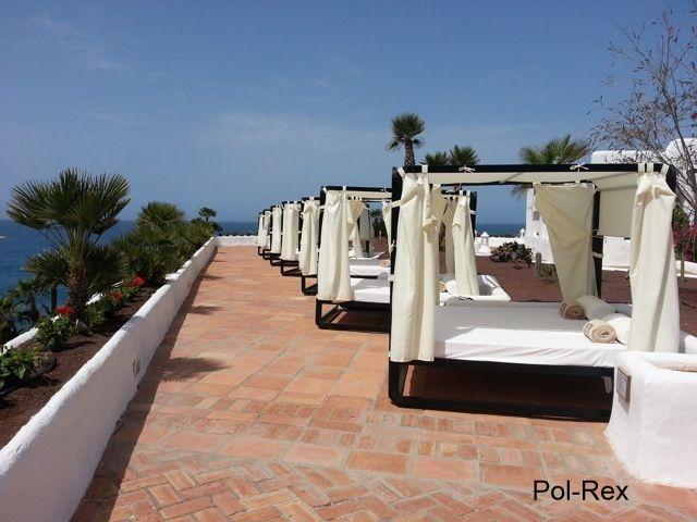 Altany Oraz łóżka Ogrodowe Wyprodukowane W Hiszpanii