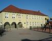 budynek szkolny - wejście główne