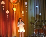 """Uczestnicy """" Mam talent"""" na scenie."""