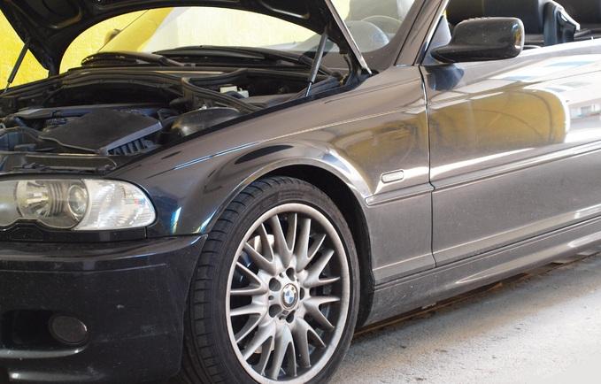 Regeneracja odbłyśników BMW E46