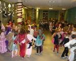 Bal przebierańców (karnawałowy). Głównie klasy 1-3 i przedszkola