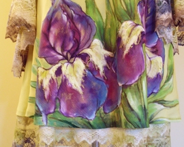 Suknia dwuwarstwowa z żabotem /jedwab z bawełną/ IRYS OLIWKA