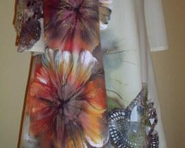 Suknia z wełny kaszmirowej, ręcznie robiona koronka