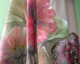 Chusta z angory z ręcznie robioną koronką HIBISKUS RÓŻ