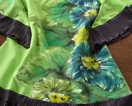 Sukienka dwuwarstwowa z satyny