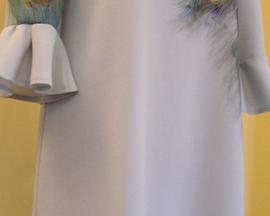 Sukienka z kelly crepy PAWIE PIÓRO