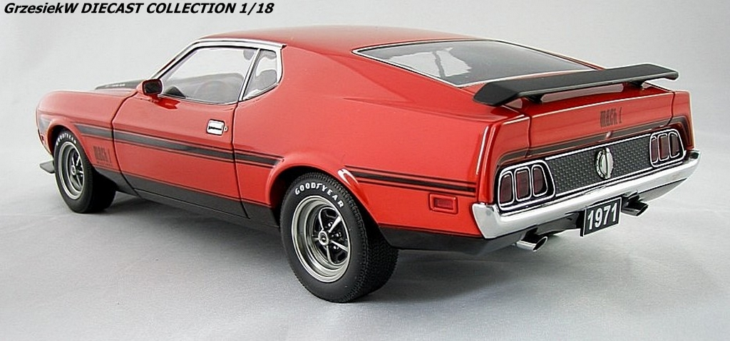 Ford Mustang Mach 1 Fastback 71 - red. Autoart No 72822 :: Diecast Collection Cars GrzesiekW