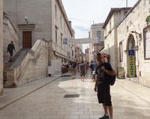 Zadar i wspaniała zabudowa w śródziemnomorskim stylu