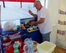 Czarek jako kucharz odnalazł się wybitnie - Makłowicz niech się chowa .. : )