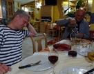 Na dole w restauracji ośroka MIRAHE - próbujemy włoską pizzę