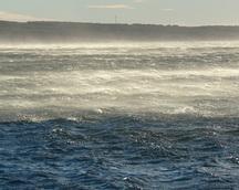 Przechodzący front odrywał wodę od powierzchni - wiało strasznie