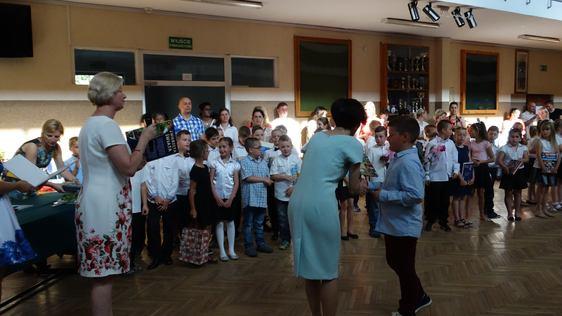Uroczyste zakończenie roku szkolnego 2015/2016- klasy II i III