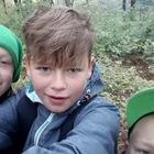 """Chłopcy idąc za współczesną modą i wykonali """"selfie"""" po ciężkiej wspinaczce"""